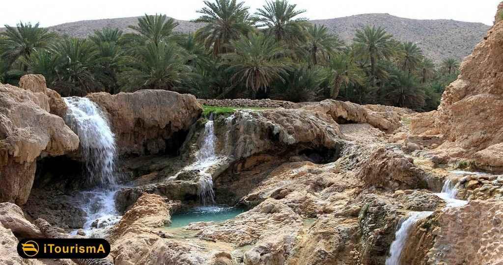 چشمه آب گرم گنو در کوه گنو
