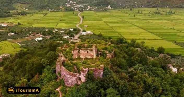 Salsal Lisar Castle