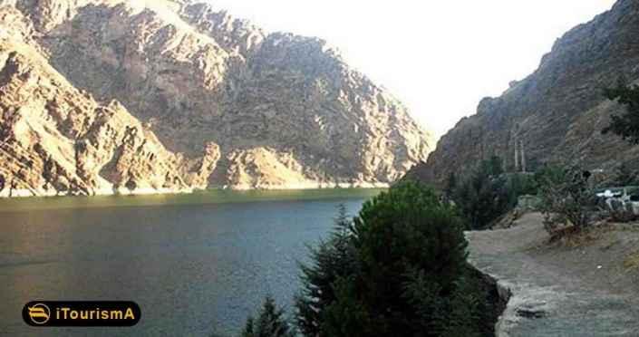 Amir Kabir Dam Lake