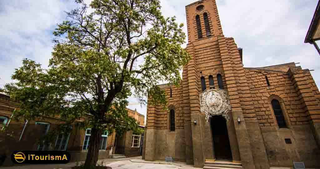 کلیسای کاتولیک یکی از بزرگترین کلیساها در شهر تبریز