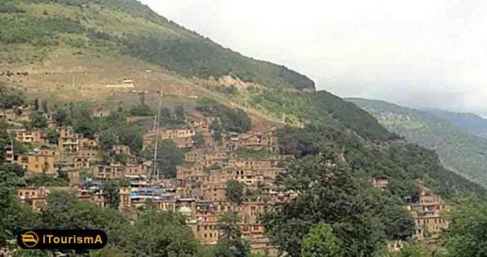 روستای گلستان، منطقه ای ییلاقی با رودخانه های متعدد، در نزدیکی شهر مشهد