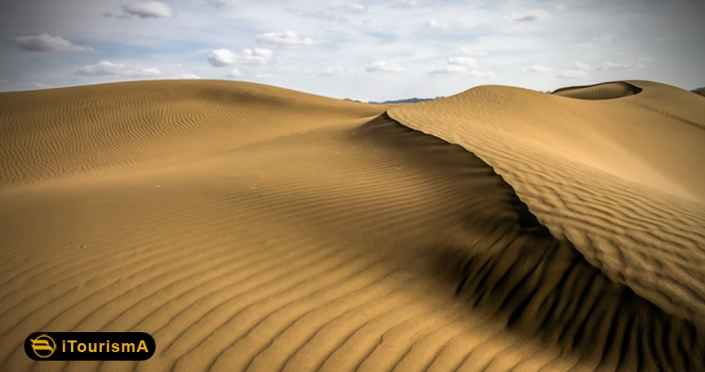 Halvan Desert is one of the untouched spots located in South Khorasan province