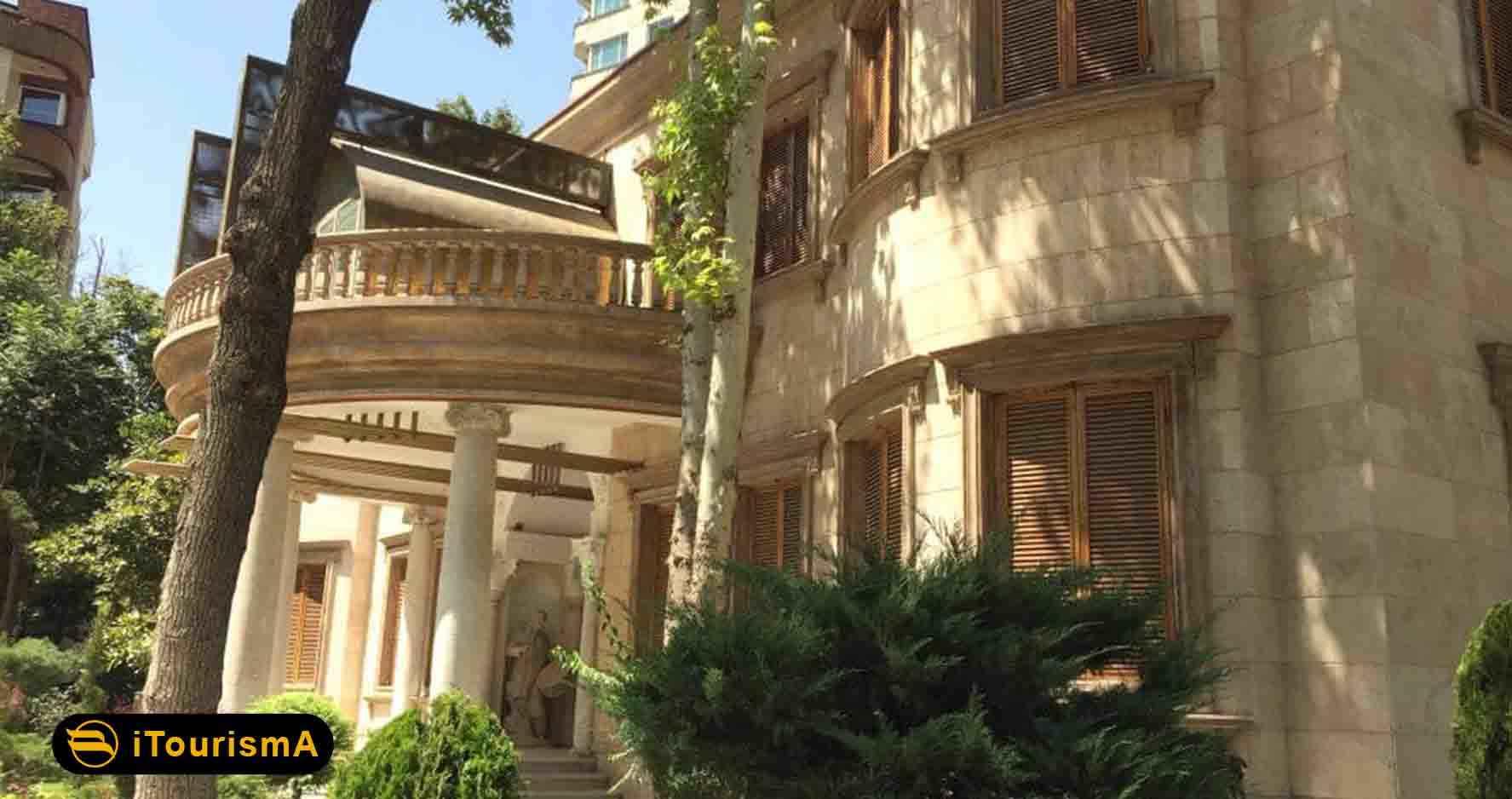 موزه موسیقی تهران در بنایی تاریخی قرار گرفته است